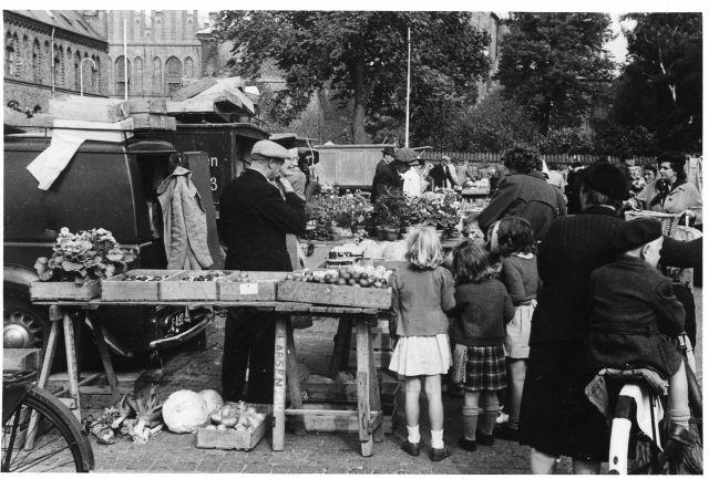 Markedsdag på Stændertorvet 1950'erne