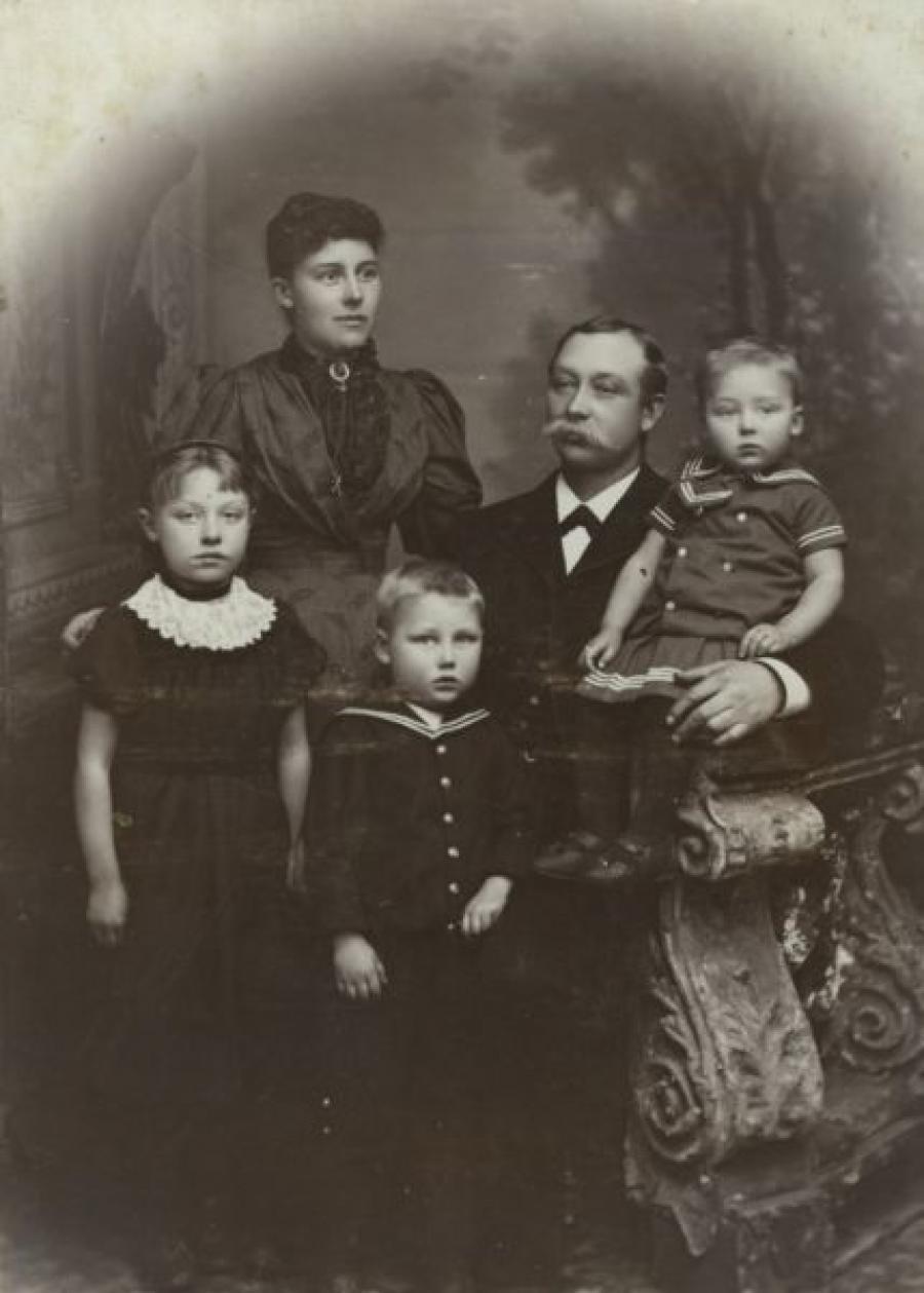 Familie Jørgensen, ukendt årstal