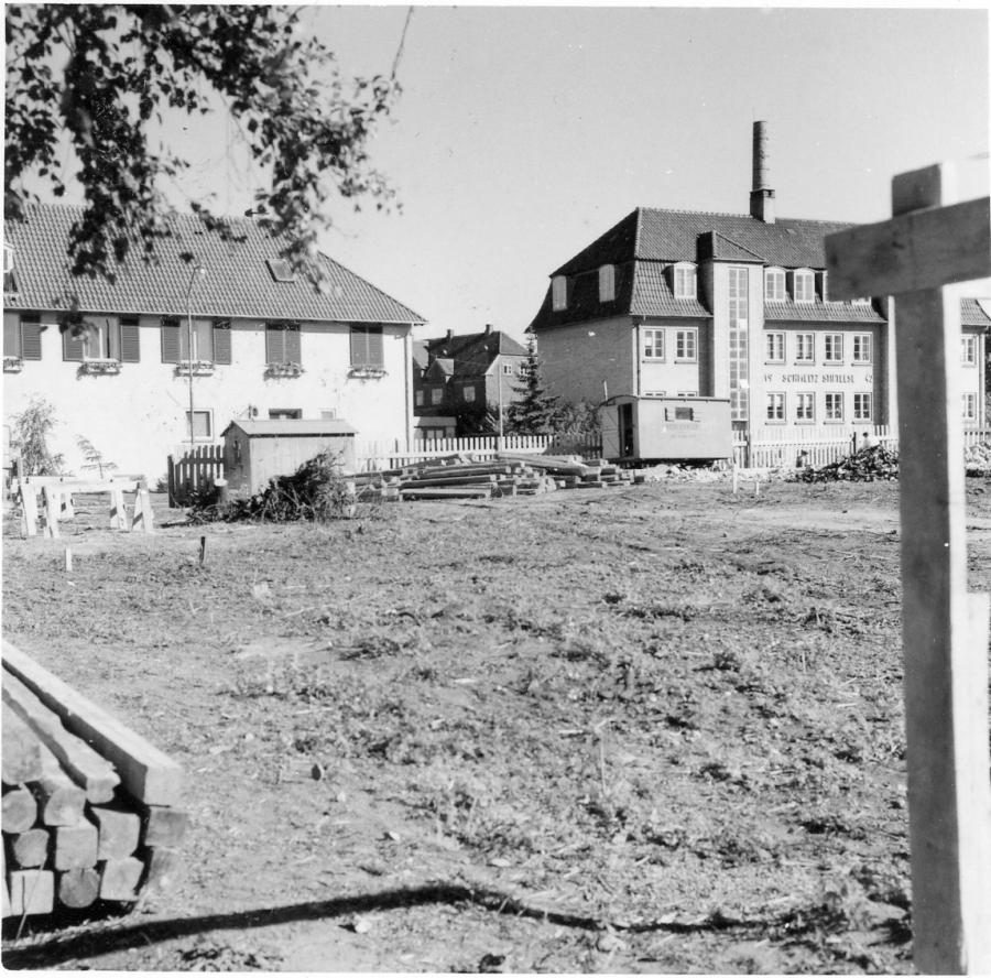 Byggegrund, opførelsen af Roskilde Bibliotek, Dr. Margrethes Vej 14, 1959.