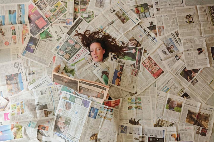 Aviser stokfoto