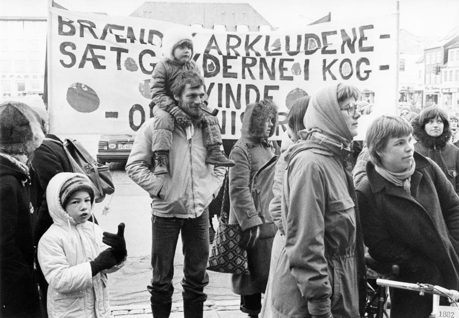 Kvindernes Internationale Kampdag, Stændertorvet 1982, fot. Jytte Jørgensen