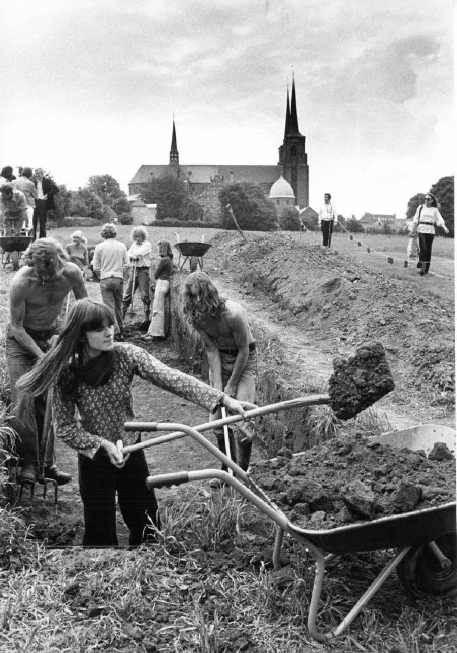 Udgravning, Provstevænget,1978. Foto: Mik Eskestad