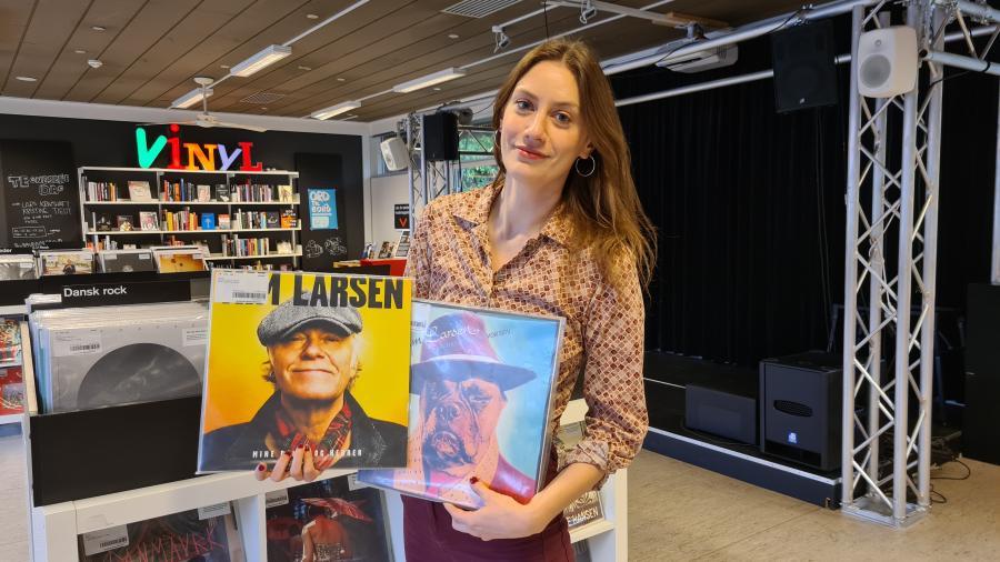 Sofie med Kim Larsen plader